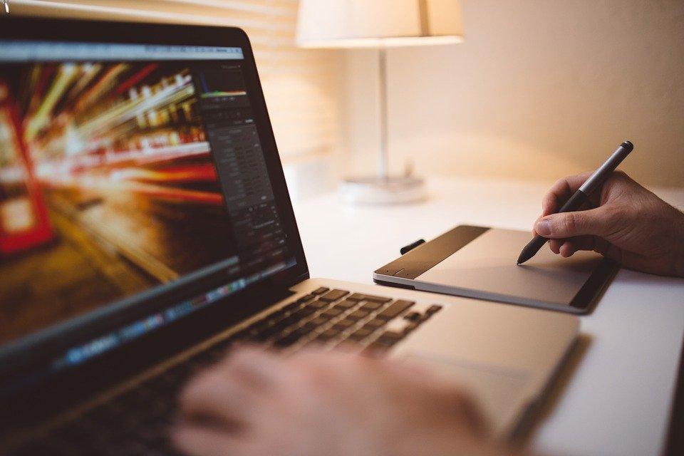 Los 5 mejores creadores de logo online GRATIS