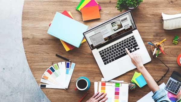 Las 4 mejores plataformas para crear tu portafolio freelance profesional